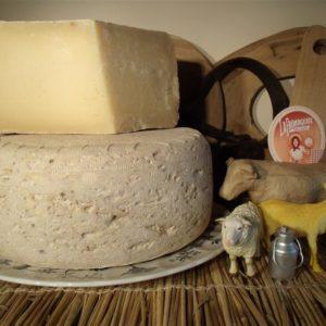 Le Pyrénées aux 3 laits - tomme mixte artisanale affinée jusqu'à 24 mois