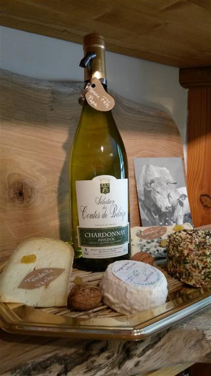 Création de plateaux de fromage et vin