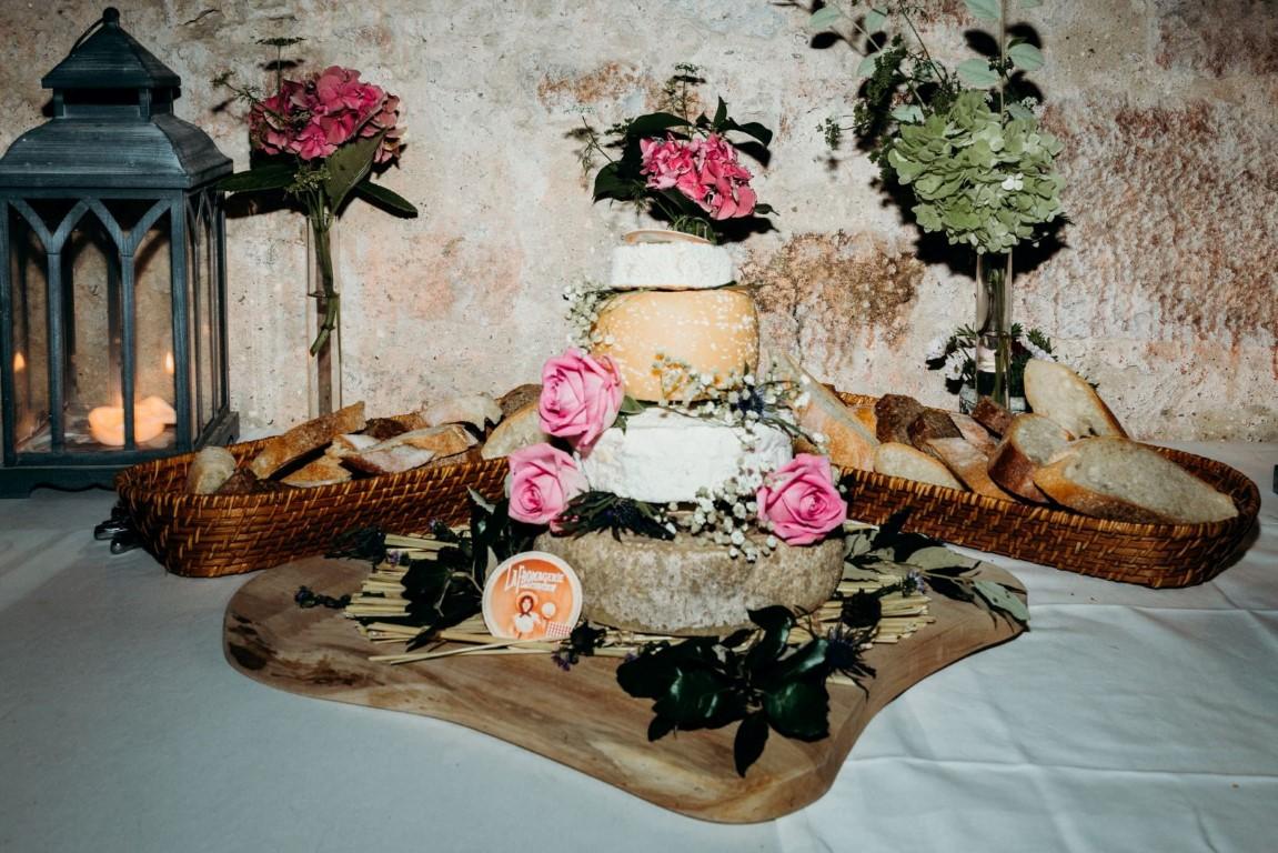 g teau de fromage pour vos mariages mirepoix. Black Bedroom Furniture Sets. Home Design Ideas
